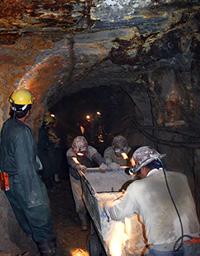 HR_in_Mining_206789144