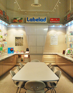 Labelad_158796878