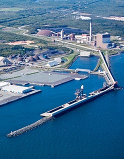 Port_of_Belledune_688002409