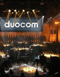 duocom_medium_543381980