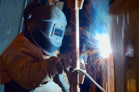 welder - depositphotos