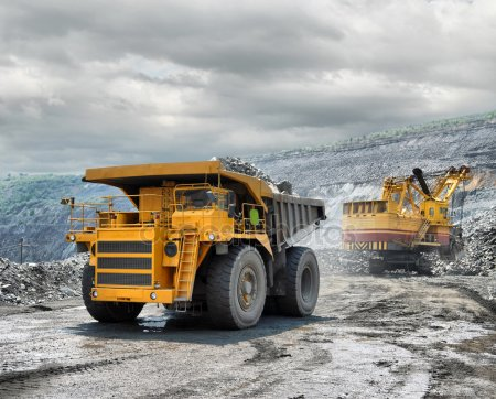 truck mining - depositphotos