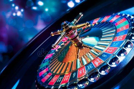 casino wheel - depositphotos