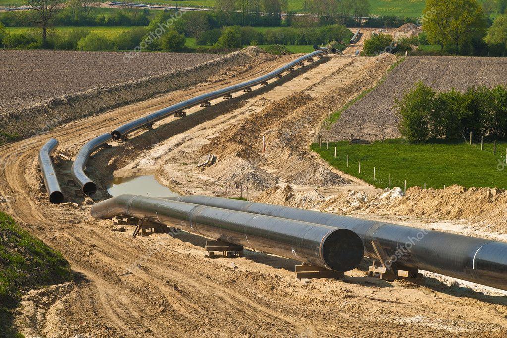 pipelines - depositphotos