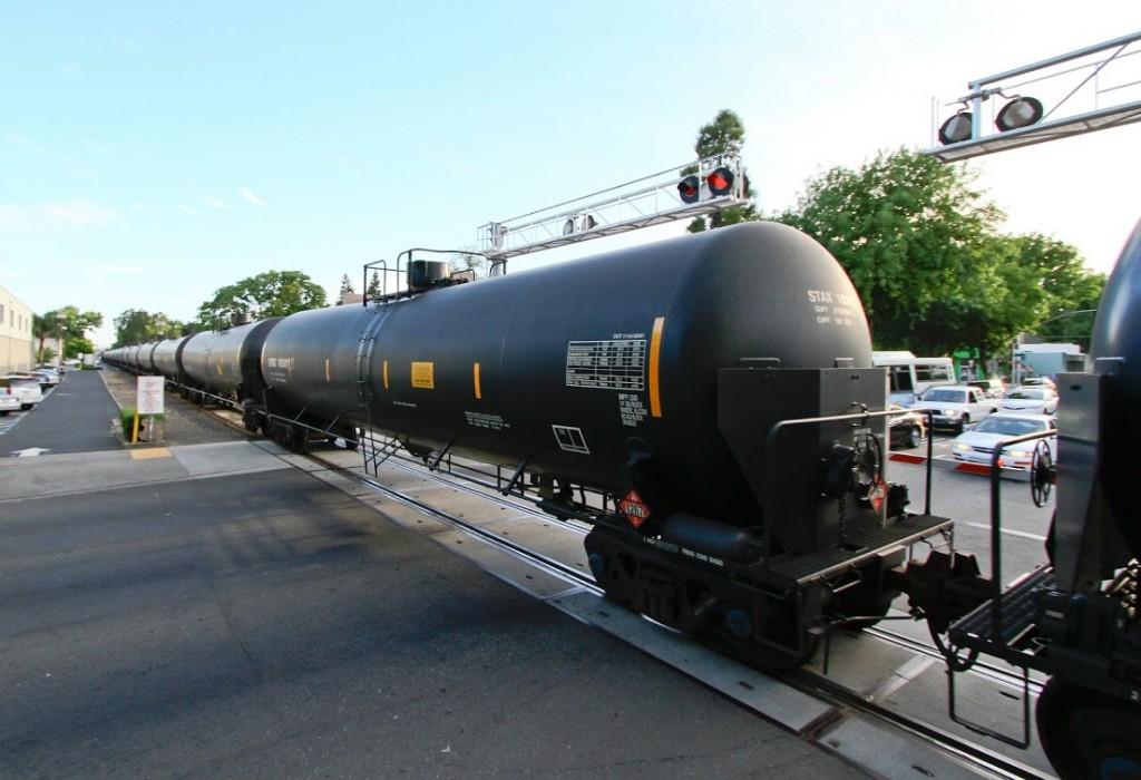 train petro tanker