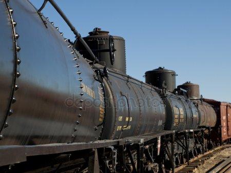 crude by rail - Depositphotos