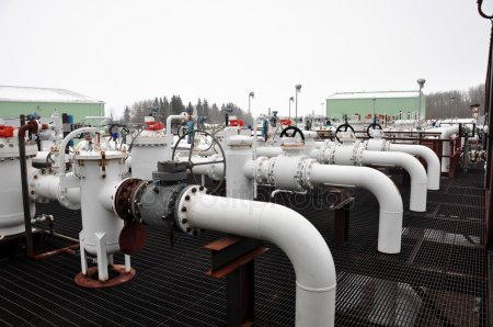 oil sands pipes - depositphotos