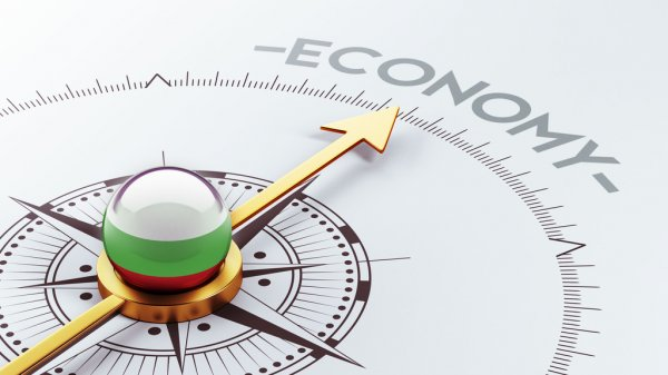 economy compass gauge - depositphotos