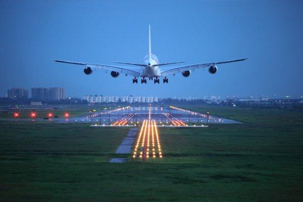 airplane at takeoff - depositphotos