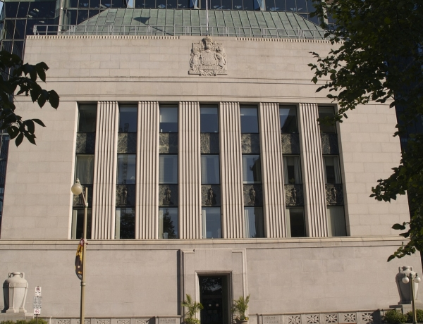 Bank Rate Steady at 1.5%
