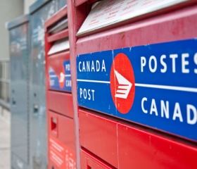 Rural Canada Post Carriers May Get 25% Raise