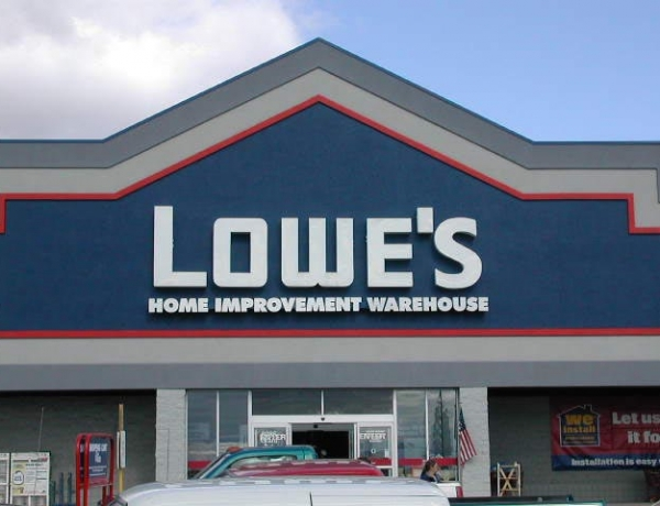 Lowe's Closing 34 Stores