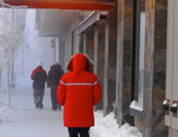 Pros for Con: Yellowknife draws up new plan to keep city warm