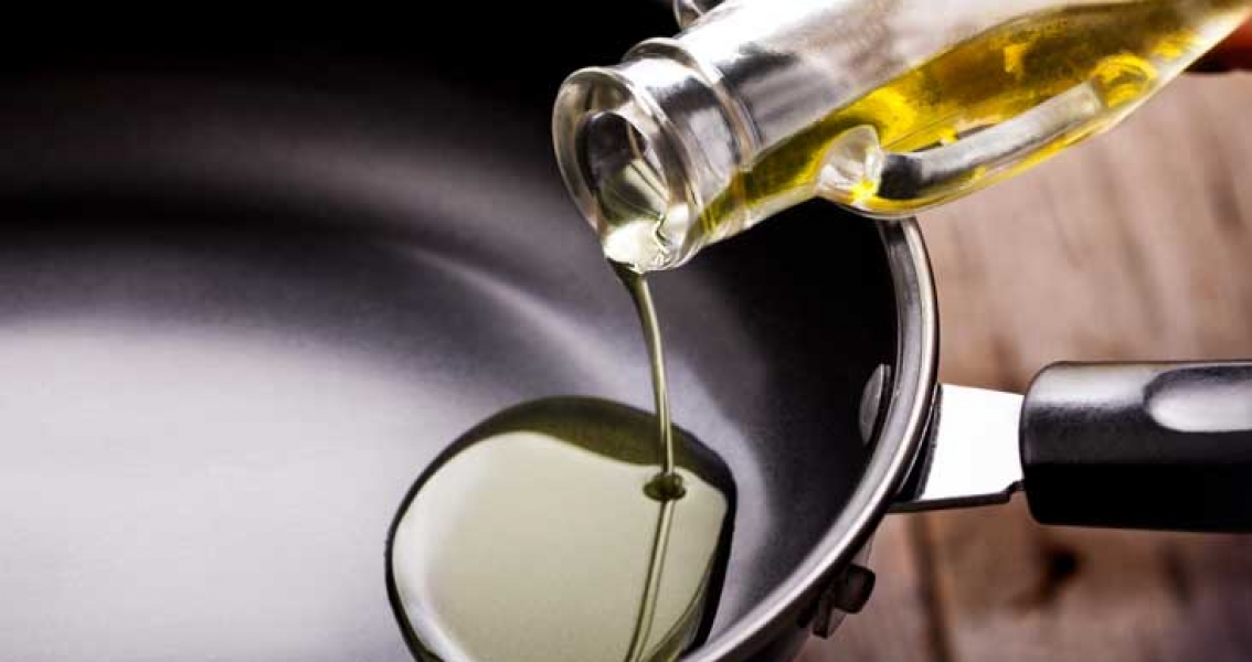 China Halts Canada's Canola Oil Shipments
