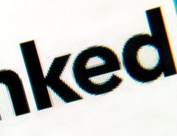 How to Use LinkedIn Job Search to Land Your Dream Job