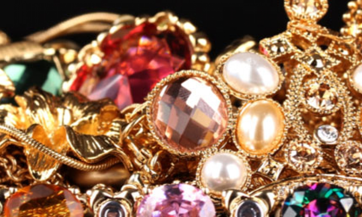 Should You Pay Tax on the Furniture and Jewellery You Sold?